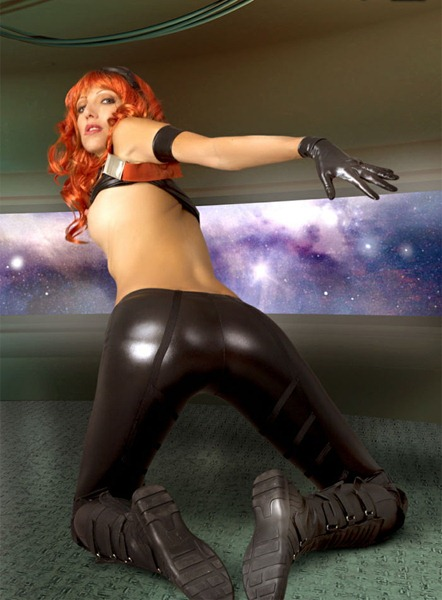 angela_g_in_her_tight_leather_pants