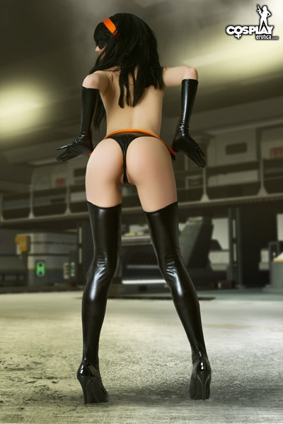 violet-the-incredibles-cosplay